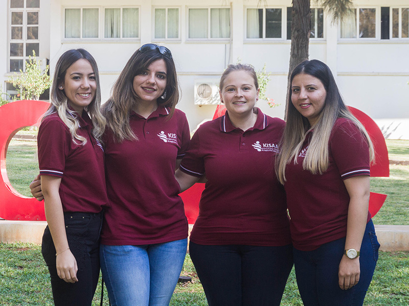 Dr Nilufer Rahmioglu (third from left) with members of the COHERE recruitment team. Image: COHERE