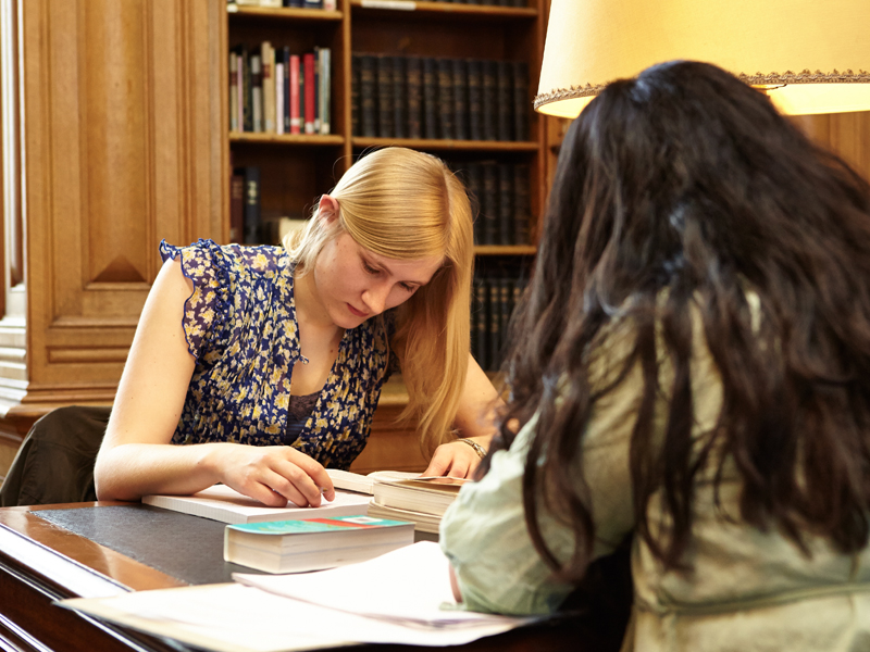 Students studying in the main reading room of the Taylor Institution Library © Oxford University Images / PS:unlimited